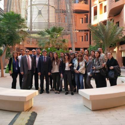 Εκπαιδευτική επίσκεψη στην πρότυπη οικολογική πόλη Masdar και στο πρωτοποριακό ερευνητικό κέντρο για θέματα ενέργειας Masdar Institute